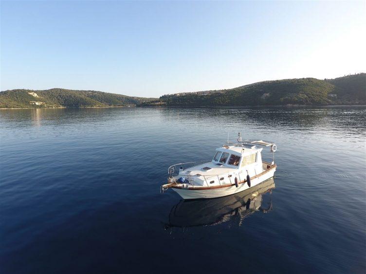 Lefkada Private Cruises mylefkadacruises.com Tel: (0030) 6973944771 Email: info@mylefkadacruises.com